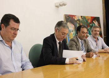 Assinatura de protocolo do jogo Portugal - Roménia seniores femininos em Moimenta da Beira
