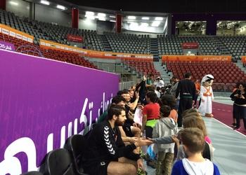 Seleção recebe visita alunos Colégio Qatar - 08.01.2015