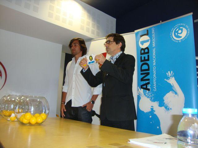 Pedro Solha (SCP) e Luis Pacheco (FAP) - sorteio Andebol 1 2013/ 2014