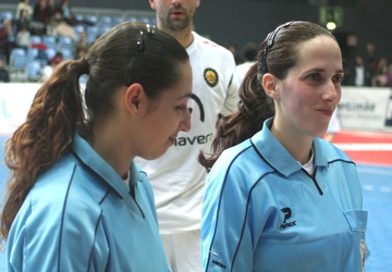Ana Silva e Ana Afonso (árbitros)