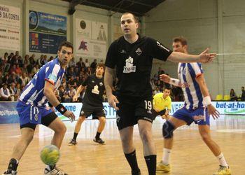 Águas Santas : FC Porto - Juan Couto - Andebol 1