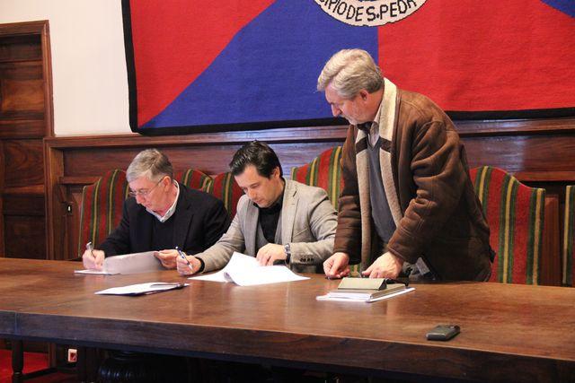 Conferência de imprensa e assinatura do protocolo do jogo Portugal - Turquia em S. Pedro do Sul