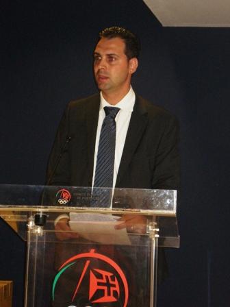 Apresentação Livro Limitações à Liberdade Contratual do Praticante Desportivo - sede do COP, 04.08.2008 18 - Intervenção de Lúcio Correia