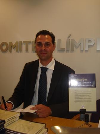 Apresentação Livro Limitações à Liberdade Contratual do Praticante Desportivo - sede do COP, 04.08.2008 25 - Lúcio Correia
