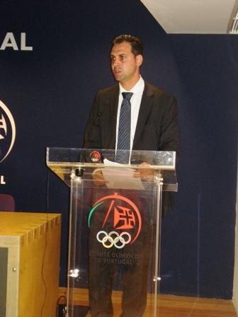Apresentação Livro Limitações à Liberdade Contratual do Praticante Desportivo - sede do COP, 04.08.2008 19 - Intervenção de Lúcio Correia