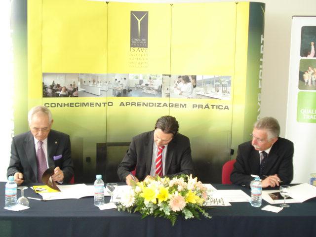 Assinatura do Protocolo entre FAP, ISAVE e Colégio 7 Fontes 2