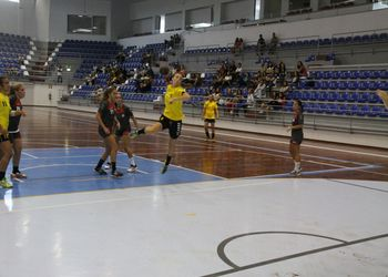Almeida Garrett - Colégio de Gaia - Campeonato Nacional Juvenis Femininos 2014-15 - foto: António Oliveira