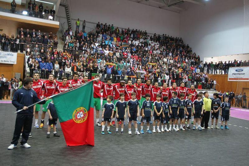 Portugal : Suíça - qualificação Euro 2014 - foto: José Lorvão