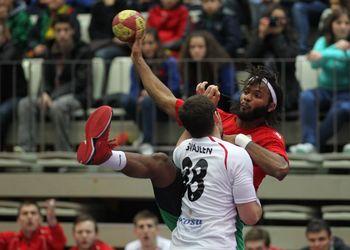 Wilson Davyes - Portugal : Suíça - qualificação Euro 2014 - foto: José Lorvão