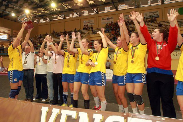 Madeira Sad - vencedor da Taça de Portugal 2012/13 - foto: A Bola