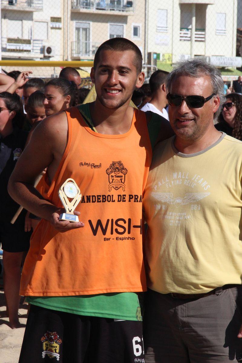 Melhor Guarda-Redes Rookies Masculinos - Diogo Ribeiro (EFE Os Tigres) - Fase Final Circuito Nacional de Andebol de Praia 2016 - foto: Luís Neves