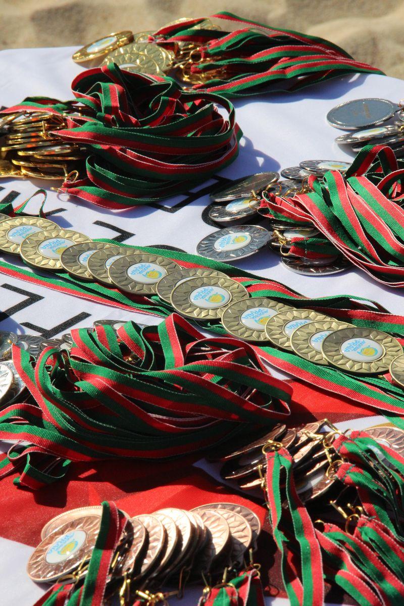 Entrega de prémios - Fase Final Circuito Nacional de Andebol de Praia 2016 - foto: Luís Neves