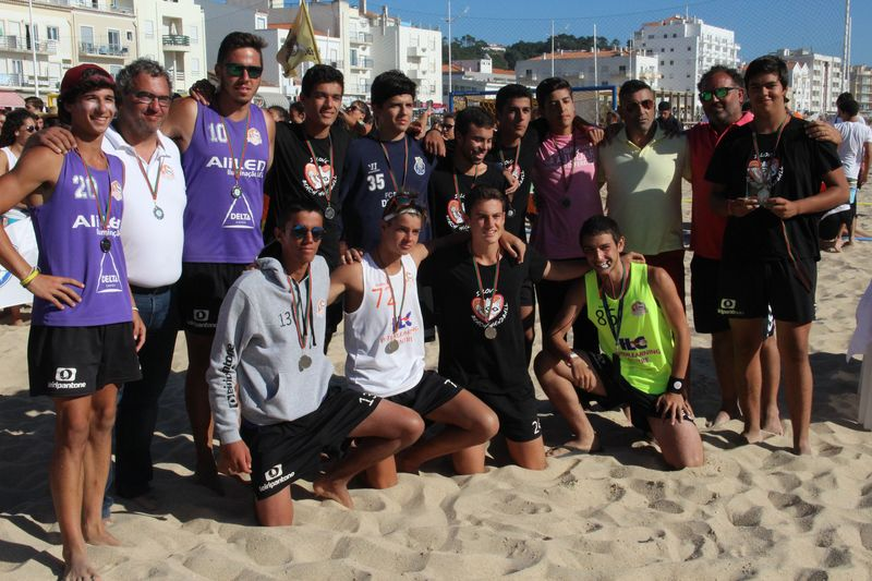 2º lugar Rookies Masculinos - Raccoons D´Areia - Fase Final Circuito Nacional de Andebol de Praia 2016 - foto: Luís Neves