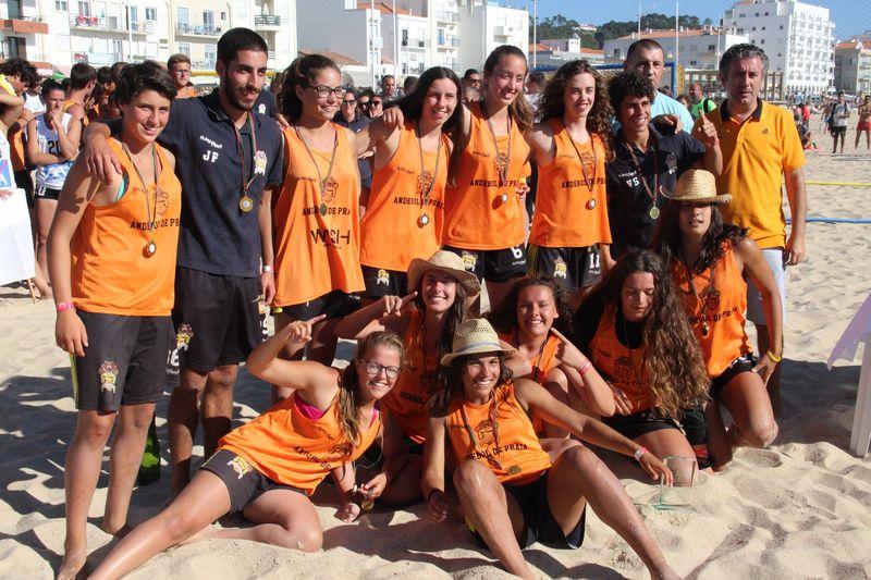 1º lugar Rookies Femininos - EFE Os Tigres - Fase Final Circuito Nacional de Andebol de Praia 2016 - foto: Luís Neves