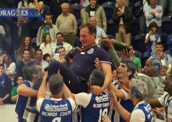 Ljubomir Obradovic (FCPorto) - campeão nacional 2011-2012