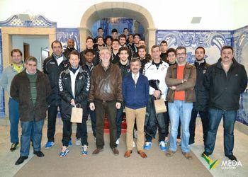 Seleção Nacional de Juniores A masculinos recebida no Salão Nobre da Câmara Municipal de Mêda
