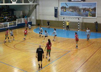 Juniores B femininas : Maiastars - Garci Cup