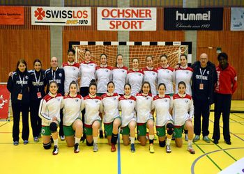 Selecção Nacional Juniores A femininas 2013/14 - qualificação