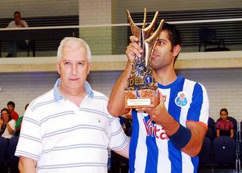 Ricardo Moreira (FC Porto) recebe troféu título nacional FCPorto