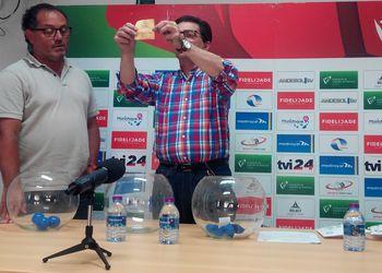 Sorteio da Fase Final do Circuito Nacional de Andebol de Praia ActivoBank - Mário Bernardes e Luís Pacheco