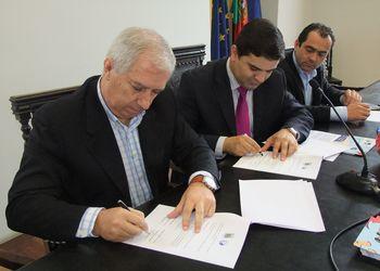 Assinatura do Protocolo entre Câmara Municipal Castelo de Paiva e Federação