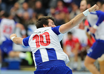 Miguel Martins - FC Porto - Campeonato Andebol 1 - Foto: PhotoReport.In