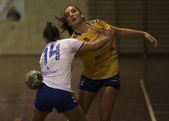 Colégio de Gaia/Toyota : Alavarium Love Tiles - Campeonato 1ª Divisão Feminina - foto: PhotoReport.In