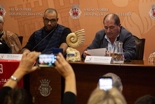 Câmara Municipal de Albufeira prestou homenageou a Rui Rodrigues, atleta da seleção nacional de ACR - foto: CM Albufeira