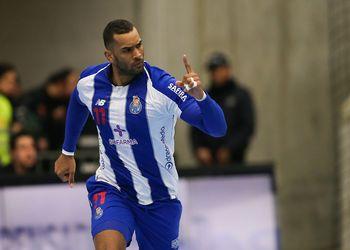 Djibril M'Bengue - FC Porto Sofarma - foto: PhotoReport.In