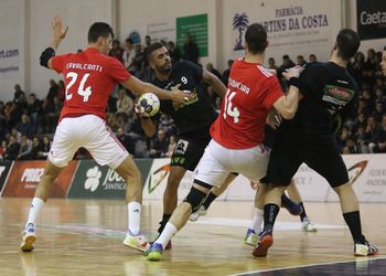 Águas Santas Milaneza - SL Benfica - Campeonato Andebol 1 - foto: PhotoReport.In