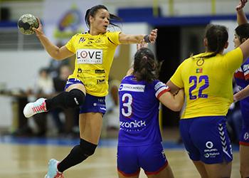 Alavarium Love Tiles : NAAL Passos Manuel - Campeonato 1ª Divisão Feminina - Foto: PhotoReport.In