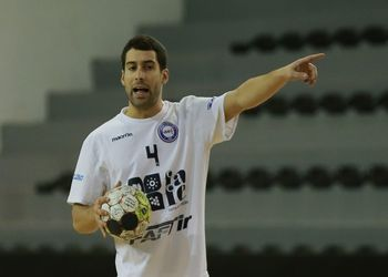 Tiago Gonçalves - AC Fafe - Campeonato Andebol 1 - foto: PhotoReport.In