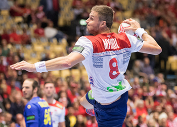 Suécia : Noruega - Campeonato do Mundo Seniores Masculinos 2019 - Foto: IHF